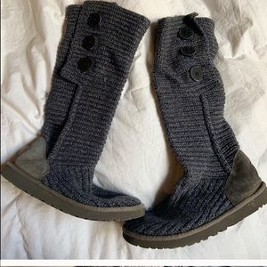 Ugg tall blue/grey button boots